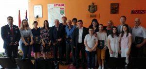 il-lucani-priznanja-1-300x142 Dodeljena priznanja povodom Dana opštine Lučani