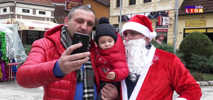 IL-Deda-Mraz-u-Ivanjici Iznenadna pojava Deda Mraza u centru Ivanjice (VIDEO)