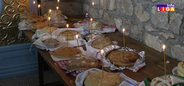 IL-kolaci U Ivanjici preko 900 domaćinstava slavi Nikoljdan- tone ribe na trpezi (VIDEO)