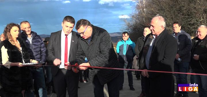 IL-naslovna-Kotraza-otvaranje-puta Preko 200 ljudi slavilo novi asfalt u Kotraži - Najavljena ulaganja u Ivanjicu (VIDEO)