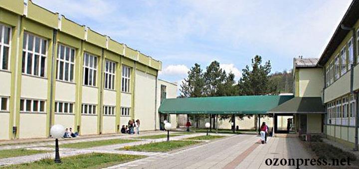 skola-dragacevo Počinje rekonstrukcija srednje škole u Guči