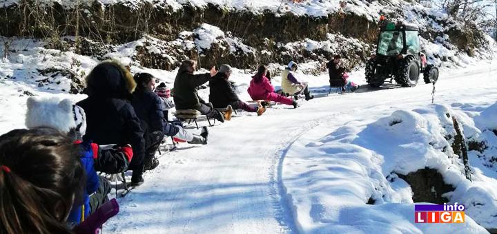IL-Bozicna-voznja Snežna avantura dvadesetak mališana iz Prilika kod Ivanjice (VIDEO)