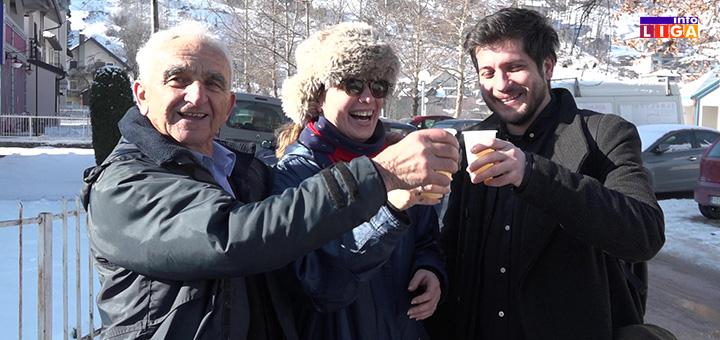 il-slika-komsije-bozic U sokačetu prijateljstva u Ivanjici na specifičan način obeležen Božić (VIDEO)