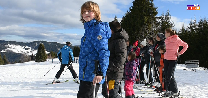 il-lepi-decak-golija Skijaši oduševljeni- Sneg na Goliji prkosi prolećnim temperaturama (VIDEO)