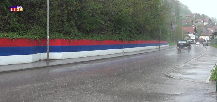il-kola-kisa Kiša i slab grad na području Ivanjice (VIDEO)