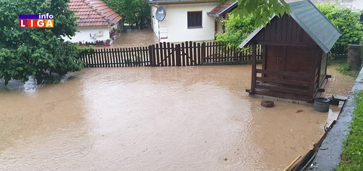 IL-poplava-Lucani-3 Obilne padavine prave probleme: Poplavljeno nekoliko domaćinstava u Lučanima (FOTO)