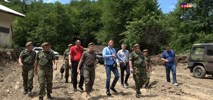 Il-Nacelnik-generalstaba-u-poseti-IC- Načelnik Generalštaba Vojske Srbije obišao Ivanjicu i obećao pomoć (VIDEO)