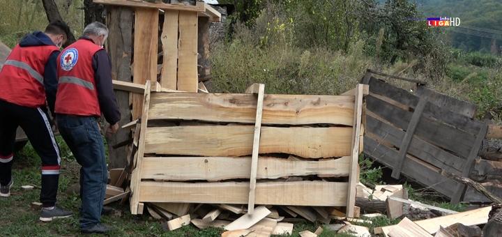 IL-Pomoc-drva-CK-Ivanjica- Ogrev za porodice lošijeg materijalnog stanja (VIDEO)