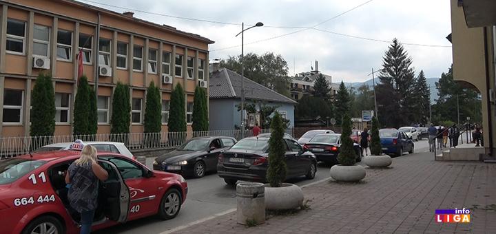 IL-parking-mesta-problem- Stroga zabrana parkiranja za kamione i teretna vozila na Sajmištu (VIDEO)