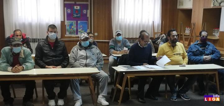 il-romi-sastanak- Romi iz Ivanjice postigli dogovor sa lokalnom samoupravom (VIDEO)