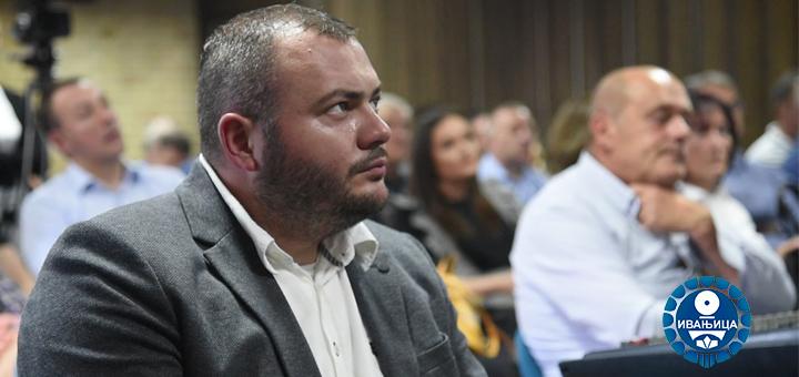 Momcilo-Mitrovic-cestika- Predsednik opštine Ivanjica uputio novogodišnju čestitku građanima