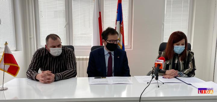 il-poljska-ambasada-donacija- Vredna donacija ivanjičkom Centru za dijalizu od ambasade Poljske (VIDEO)