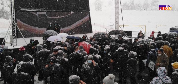 il-otvaranje-gold-gondole1 Predsednik Vučić na otvaranju Gold gondole na Zlatiboru (FOTO)