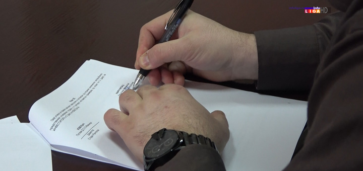 il-potpisivanje-ugovora- Potpisani ugovori za rekonstrukciju atarskih i nekategorisanih puteva (VIDEO)