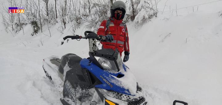 il-volonteri-CK1 Ivanjička sela okovana snegom- Branislav pet dana nije mogao da izađe iz kuće