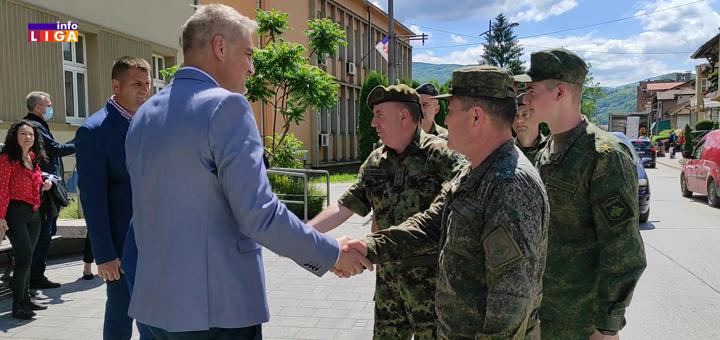 IL-Vojska-Srbija-i-Rusija- Srpski i ruski vojnici rekonstruišu put na Goliji (VIDEO)