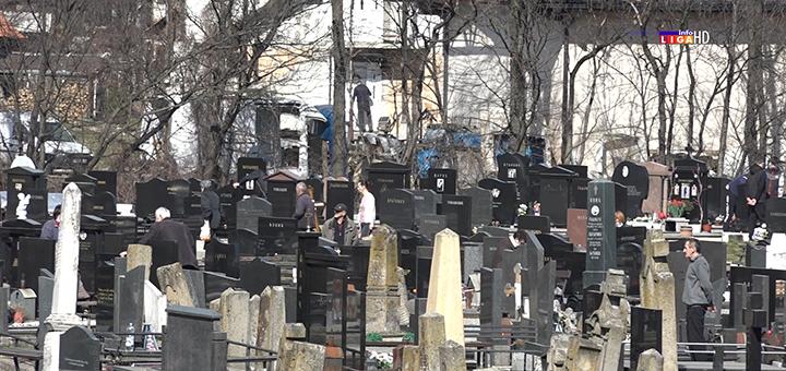 """IL-groblje- Manjak radnika uslovljava dinamiku radova JKP """"Ivanjica"""" (VIDEO)"""