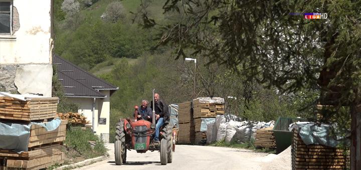 IL-osonica-text Ivanjica: Ovo je selo sa preko stotinu dece i snajkama iz Beograda (VIDEO)