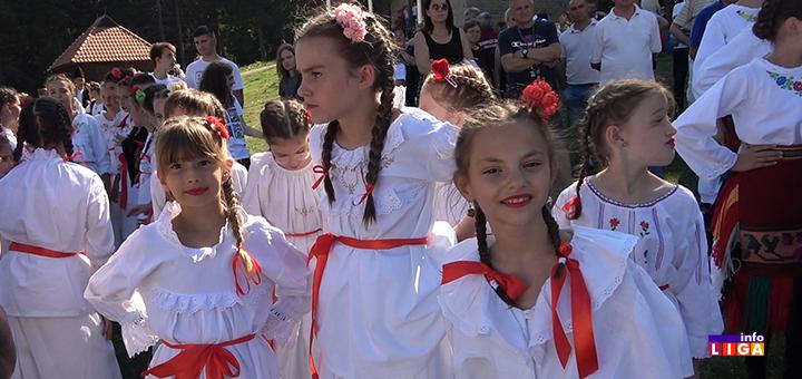 IL-folklorasice- Stotine folkloraša na festivalu ''Sa Golije kolo se vije'' (VIDEO)