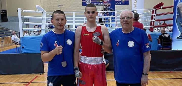IL-uros-veljovic- Uroš Veljović član omladinske reprezentacije Srbije u boksu